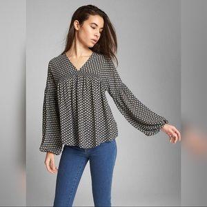 GAP flowy sleeves blouse